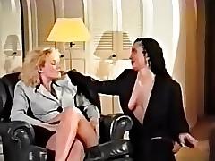 Strapon Nacktvideos - junge lesbische Tube