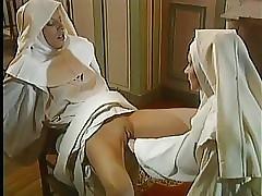 Nun videos nus - porn sedução lésbica