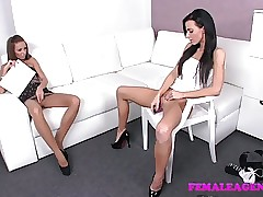Vibrator porn videos - lesbo anal porn