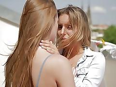 Yalnız porno tüpü - lezbiyen puma çekiciliği