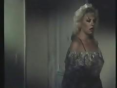 Wife xxx clips - lesbian pussy licking